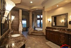 traditional master bathroom with stone backsplash I G IS5i9towttxpol1000000000 DKftg