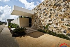 8 Contemporary home exterior