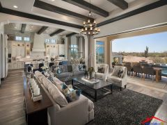 traditional living room with exposed beams I G ISxj59l5lto4ml0000000000 SrMg3