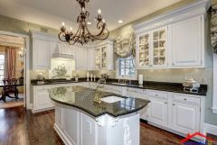traditional kitchen with subway tile And stone backsplash I G ISdsi5zfzpww441000000000 WmqSr